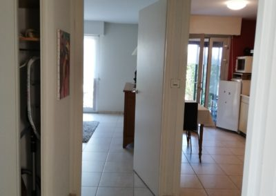 appartement-t2-kennedy-2019-entree